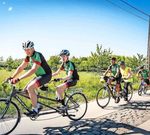 Op pad met de aangepaste fiets